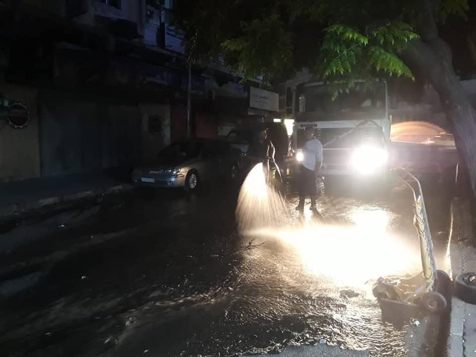 ورشات مديرية النظافة مستمرة بأعمالها في شوارع و أحياء المدينة