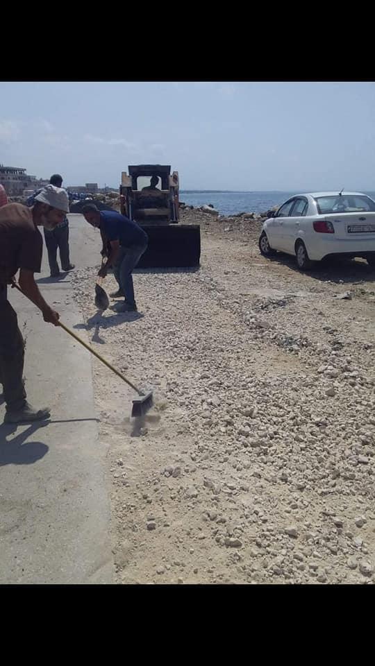 إكساء خطوط الصرف الصحي في حي الرمل الجنوبي
